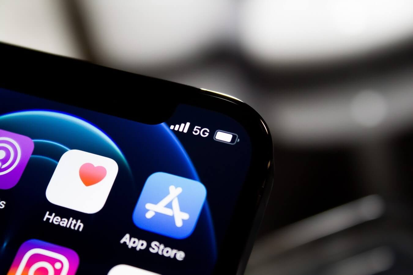 Understanding 5G on Your iPhone 12: A Guide