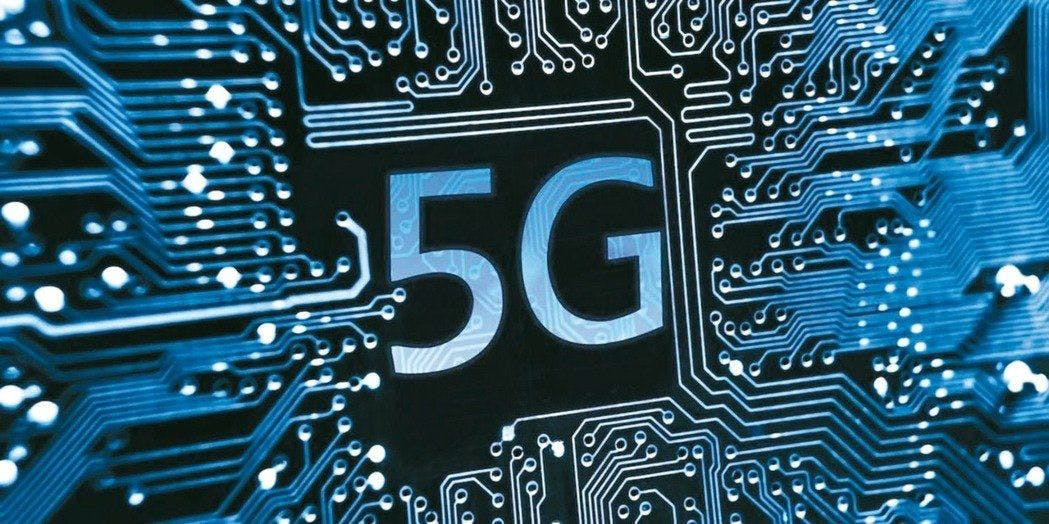 What The Upcoming Adoption of 5G Will Mean For 2019 Phones