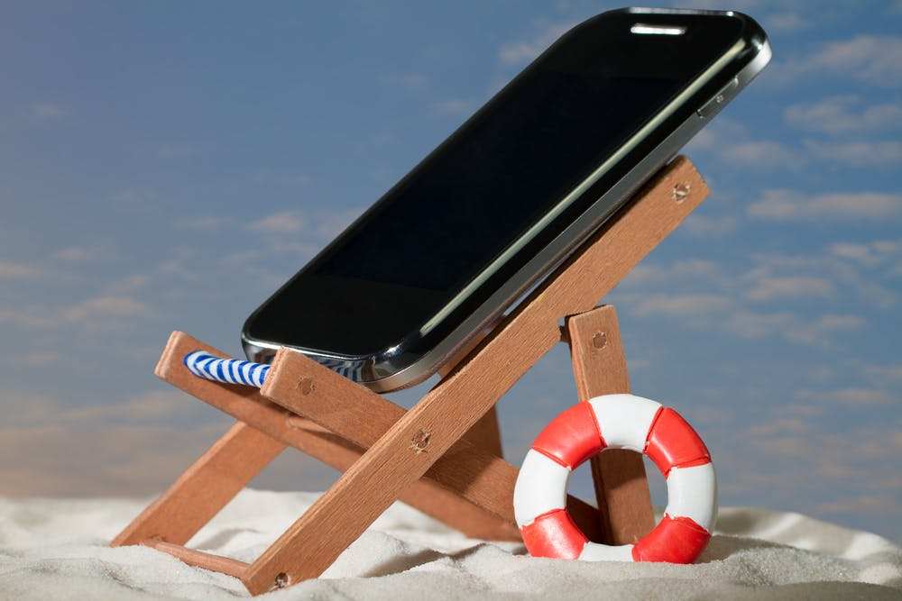 How To Summerproof Your Phone And Protect It From Heatwave