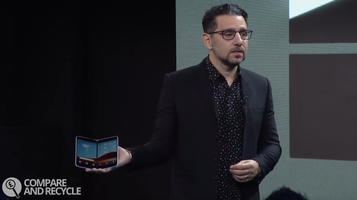 Panos Panay showing off the Surface Neo homescreen